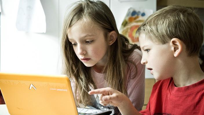 -Erhaltung sowie zukunftsfähiger Ausbau und moderne Ausstattung unserer Schulen und Kindertagesstätten